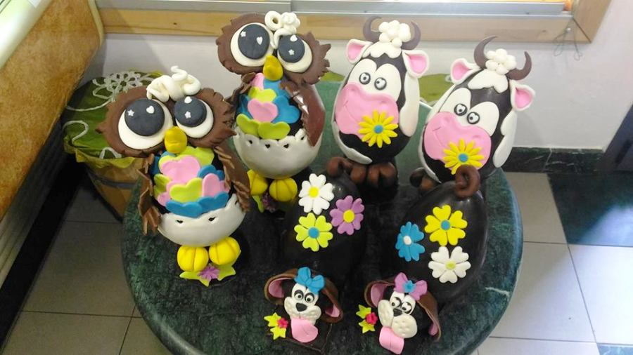 Superior Cakes and chocolate Easter eggs…in Panzano in